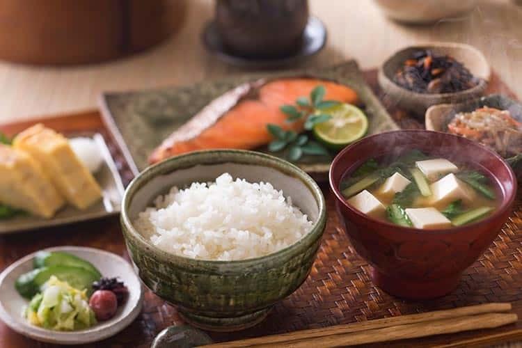 Günün İlk Öğününe Akıllıca Bir Yaklaşım Getiren Japonlar Kahvaltıda Ne Yer?