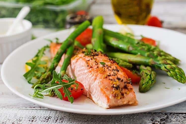 İltihaplı Romatizma Olarak Bilinen Romatoid Artrite İyi Gelen 8 Sağlıklı Yiyecek