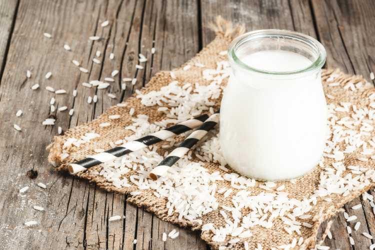 6 Farklı Süt Çeşidi Arasından Sizin İçin En Faydalı Süt Hangisidir?