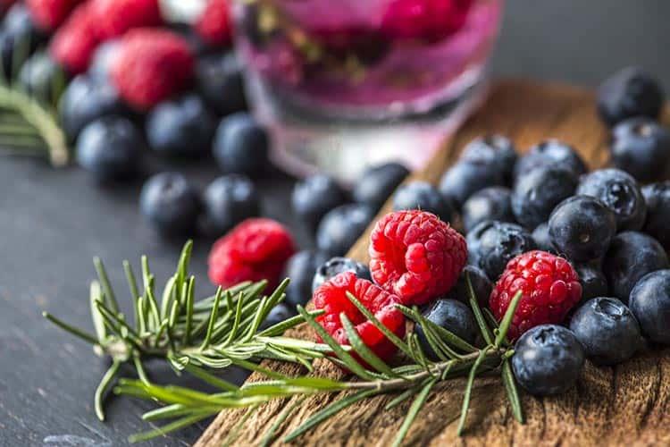 Kanser Riskini Azaltan En İyi 12 Sağlıklı Besin